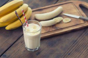 Frullato di latte e banane