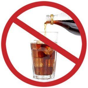 L'alcol ha un impatto particolarmente negativo sulla mucosa gastrica