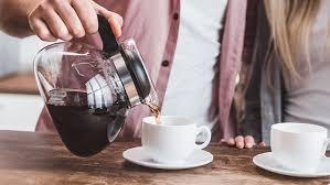 Non eccedere in caffè, anche se alcuni studi parlano di un ruolo protettivo